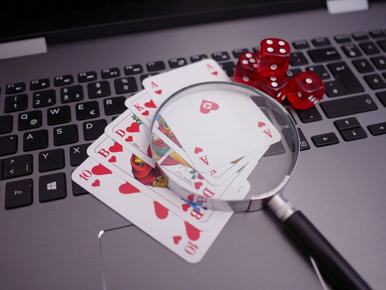 What advantages an online gambling player will experience while playing online Judi?